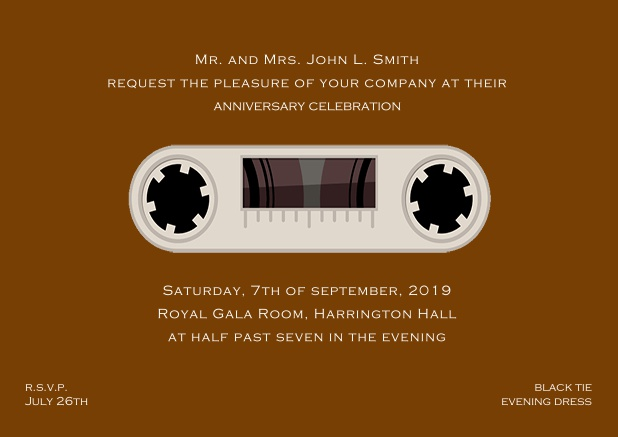 Online invitation card designed as a cassette in color of choice. Brown.