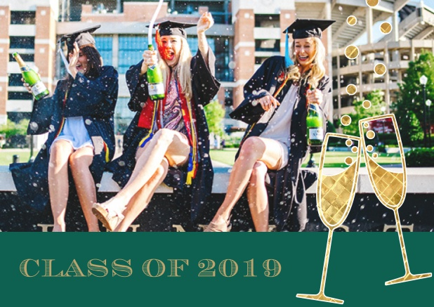 Class of 2019 graduation online invitation card with photo and champagne glasses. Green.